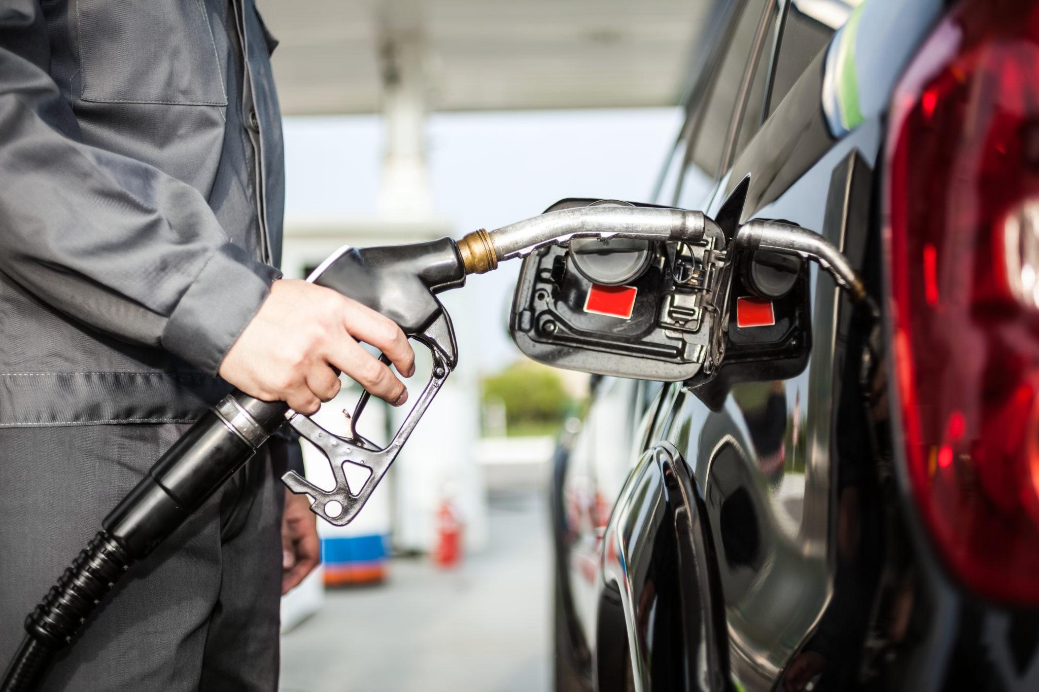 Картинки бензин заправка