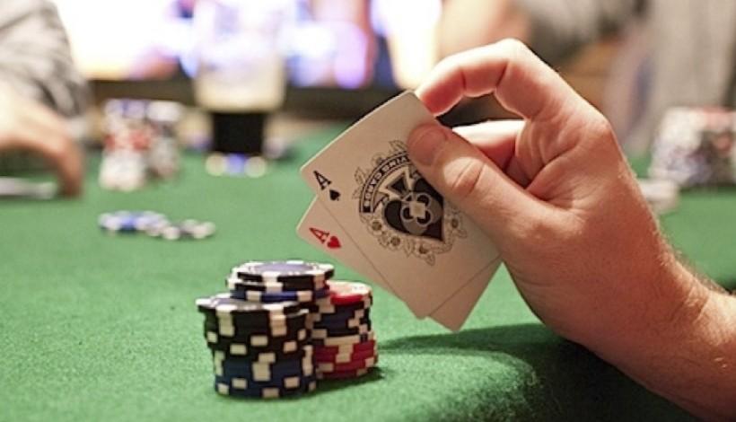 Советы игры в онлайн покер кино 2020 про казино